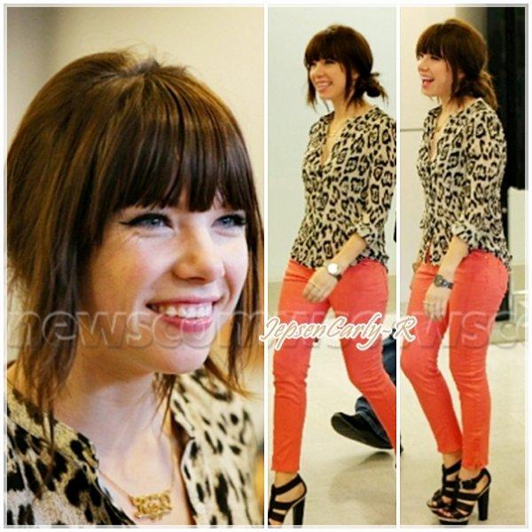 13/09/2012 - Carly est actuellement au Japon pour la promo de Kiss