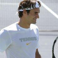 Federer dompte Rochus