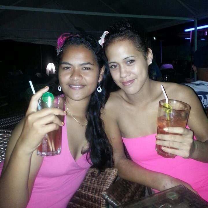 Me and my sister au PINK COCONUT