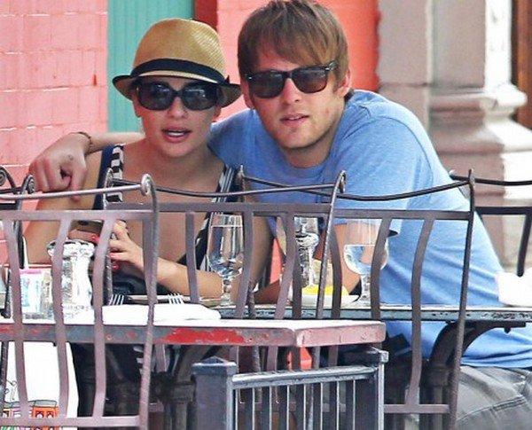 Lea's boyfriend and Darren's show