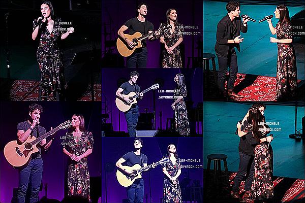 * 02/11/18 :    Lea et Darren ont performé lors de leur tournée « LM / DC » se déroulant dans Costa Mesa, en Californie. Lea et Darren continuent leur tournée. Les photos sont superbes. Lea est très belle. Je suis fan de la robe qu'elle porte, elle lui va bien. Je lui mets un Top  *