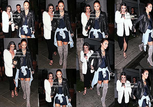 * 14/11/16 : Lea M. a été aperçue lorsqu'elle quittait le restaurant « The Fig & Olive » situé dans West Hollywood. Lea Michele était très belle. La robe noire qu'elle porte à l'air jolie, son manteau est superbe aussi. J'aime bien ses chaussures - Je lui donne un Top !  *