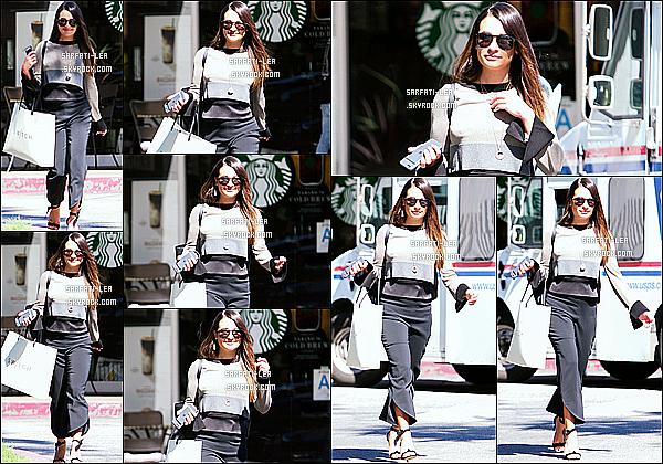 * 02/03/17 : Lea Michele a été aperçue lorsqu'elle faisait du shopping au magasin « Switch » - situé dans Bel Air. Lea est trop belle, je trouve que les cheeux détachés lui vont super bien. J'aime bien la tenue qu'elle porte, ça change de d'habitude. - Top pour moi.  *