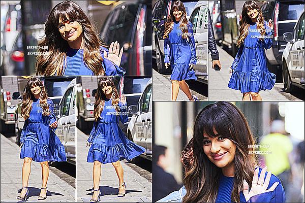 * 28/04/17 : Lea M. a été aperçue lorsqu'elle quittait les studios de « Good Morning America » dans New York. Plus tard, Lea a été vue se rendant dans un restaurant toujours à New York. Lea est toute belle et souriante. J'aime bien sa robe bleue - Donc Top !  *
