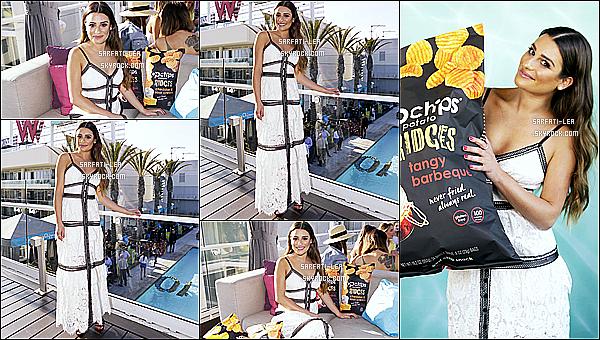 * 25/05/17 : Lea était au 10ème anniversaire de la marque de chips « Popchips », qui se trouve dans Los Angeles. Le soir, Lea a été vue quittant le bar Essex dans Hollywood avec son ami Darren Criss et sa petite amie. Lea est magnifique. Tops pour ses tenues.  *