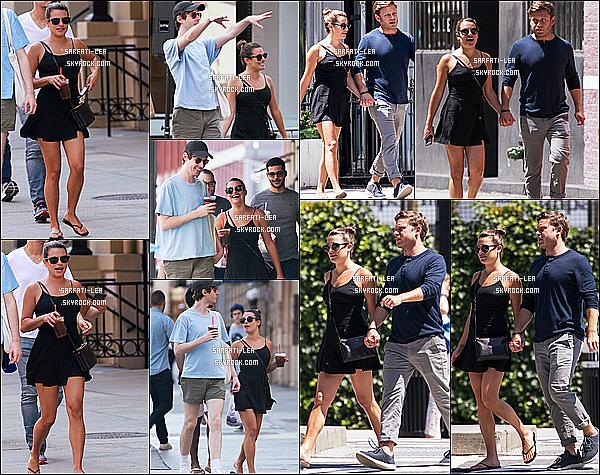 * 18/07/17 : Lea Michele a été repérée lorsqu'elle se promenait dans les rues de Manhattan - avec Zandy Reich. C'est officiel Lea est de nouveau en couple, son nouveau petit ami est donc Zandy Reich. Lea est très belle. Je suis fan de sa robe. Un Top pour moi  *