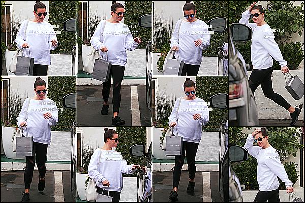 * 03/01/18 :    Lea M. a été aperçue - alors qu'elle se rendait dans un spa - qui se trouvait dans les rues de Beverly Hills. Ca fait plaisir d'avoir un candid de Lea, ça faisait un petit moment qu'on en avait pas eu. En tout cas Lea est trop belle. Elle porte une tenue basique. Top.  *