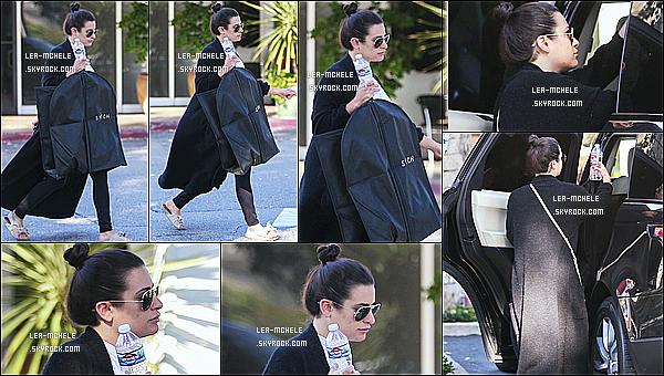 * 23/06/18 :    Lea Michele a été photographiée seule lorsqu'elle se promenait dans les rues de la ville de Los Angeles. Lea est belle. Ca faisait un petit moment qu'on avait pas eu un candid de Lea, ça fait plaisir. La tenue qu'elle porte est superbe. Je lui donne donc un Top.  *