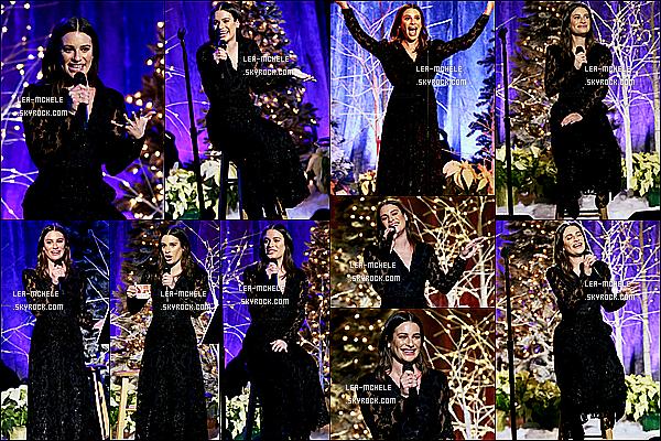 * '•-19/12/19-' : Lea donnait un concert dans la salle « New York Society For Ethical Culture » se trouvant dans New York. Lea est vraiment magnifique. Je suis complètement fan de la robe noire qu'elle porte, elle lui va à merveille. C'est donc un Top pour moi ! *