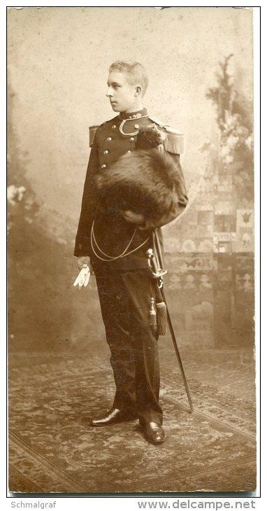 Notre futur roi Albert Ier (18 ans) au Régiment des Grenadiers.
