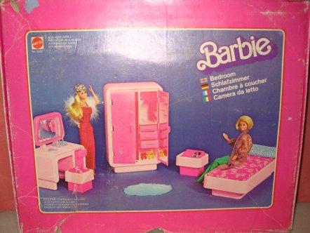Chambre a couher barbie en boite poupees passion for Chambre 70 s