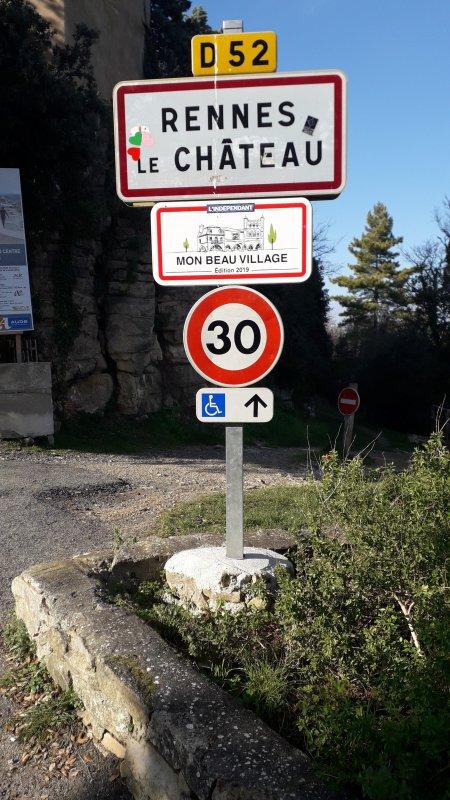 Le secret de Rennes-le-chateau : A l'entrée du village !