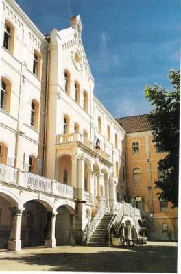 Collège Saint-Hilaire, 26 rue du Palais de justice 06130 Grasse - Oo ...