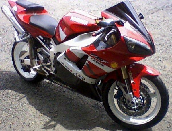 ma moto au debut que g u