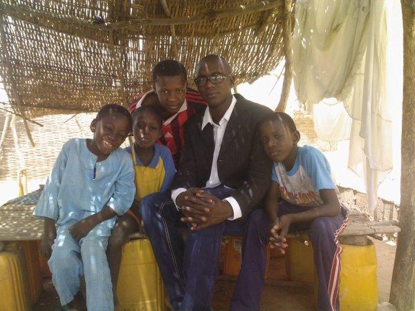 ya amadou,papa,ibrahime ,moi et mon frere cheikh