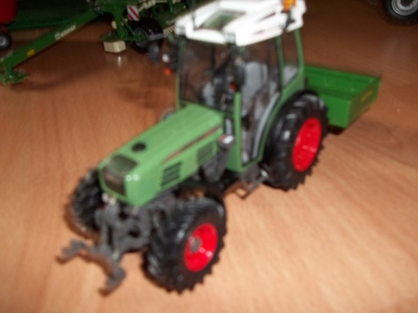 new petit fendt 209