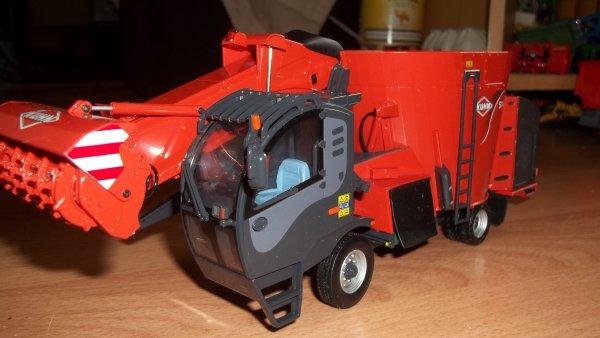 AUTO-MOTRICE KUHN SPV 14