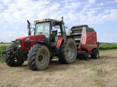belle ensemble de tracteur MF !