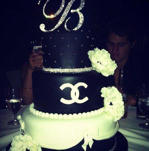 Gâteau chanel pour un mariage (source Internet)