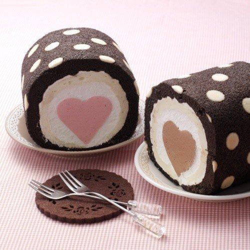 Gâteau au chocolat fourré à la fraise