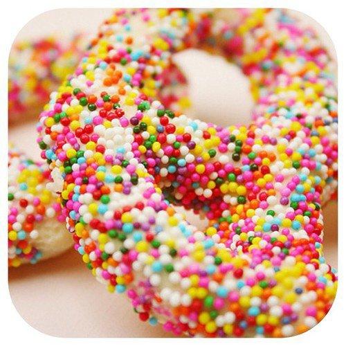 Donuts roses garnis de confettis !