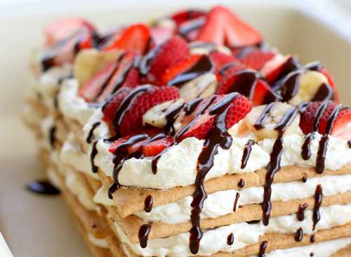 Pancakes chantilly et fraises