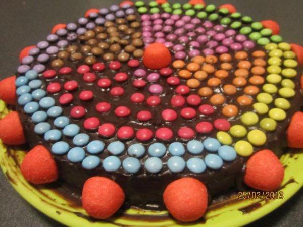 Gâteau chocolat smarties fraises tagada