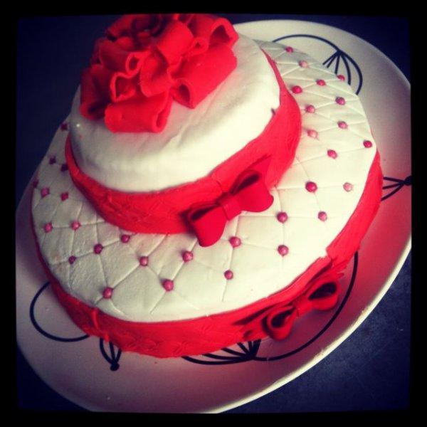 Gâteau de mariage noeud papillon