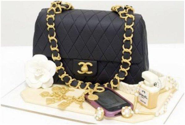 Gâteau Chanel chocolat pâte d'amande