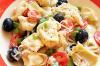 Salade de pâtes fraiches et olives noires