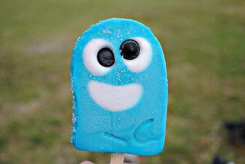Bâtonnet de glace goût schtroumpf