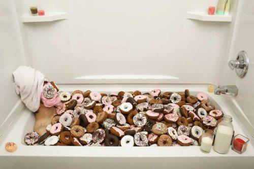 Une baignoire remplie de donuts !