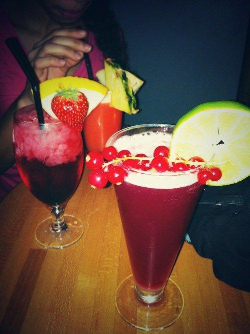 Délicieux cocktail cranberry,fraise,framboise