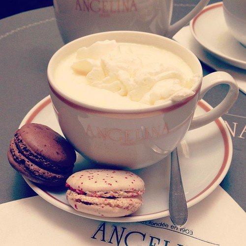 Petit café et macarons