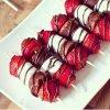 Brochettes fraise guimauve et chocolat