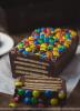 Gâteau au chocolat et aux smarties