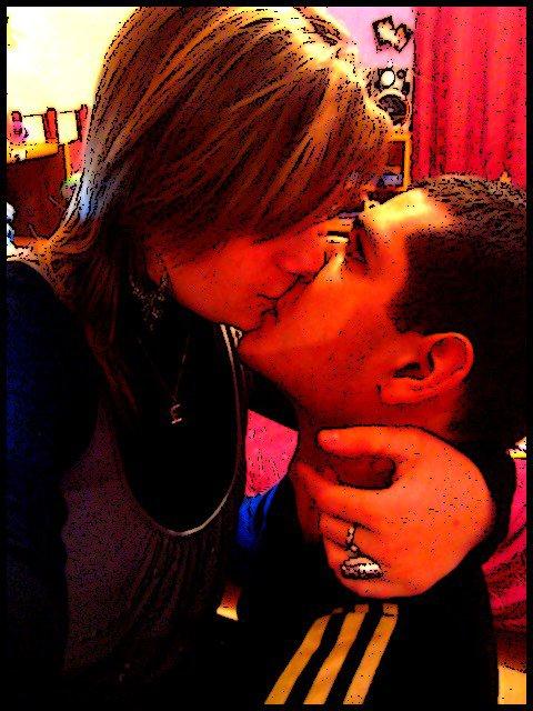 Je vais t'aimer comme on ne t'a jamais aimée, je vais t'aimer plus loin que tes rêves ont imaginé..♥