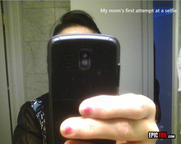 Ma mère en mode Selfie