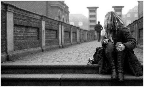 Après tout ce que tu m'as fait, parfois je me demande si tu mérites vraiment qu'on t'aime autant que je t'aime.