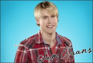 Ashley Fink as Lauren Zizes   &   Chord Overstreet as Sam Evans