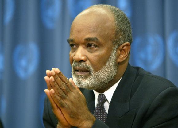 Haiti : $ 35 milliards pour un projet de raffinerie de pétrole , une cimenterie et une usine électrique
