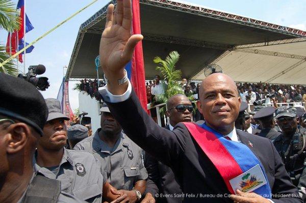 """Le journal """"Jeune d'afrique"""" analyse les 3 premiers mois du président haitien."""