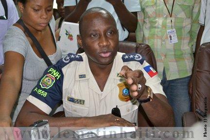 le directeur général de la police nationale d'Haïti (PNH) serait sous forte pression de la présidence qui lui réclame sa démission