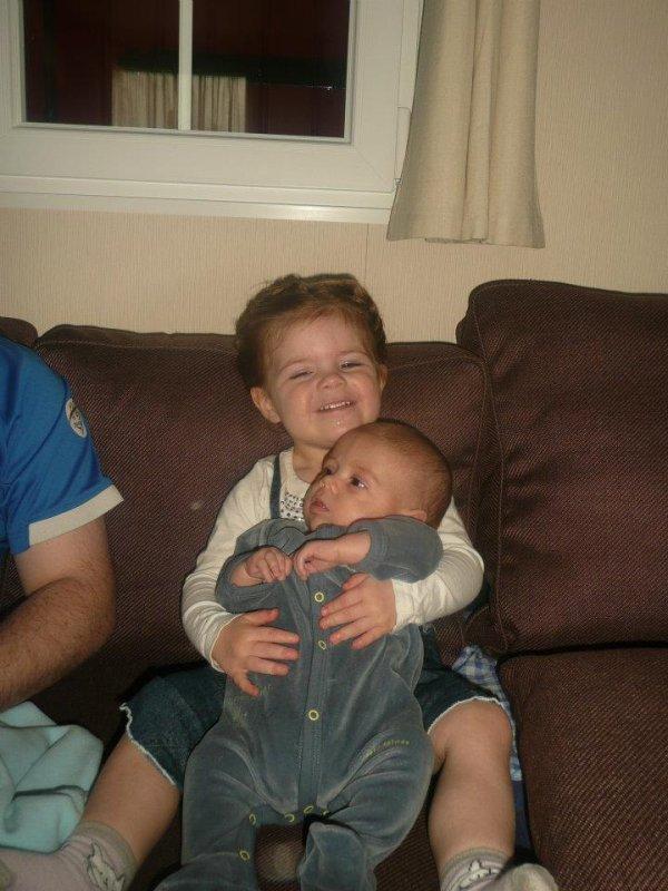 ma filleule Miley et mon neveu  Ty