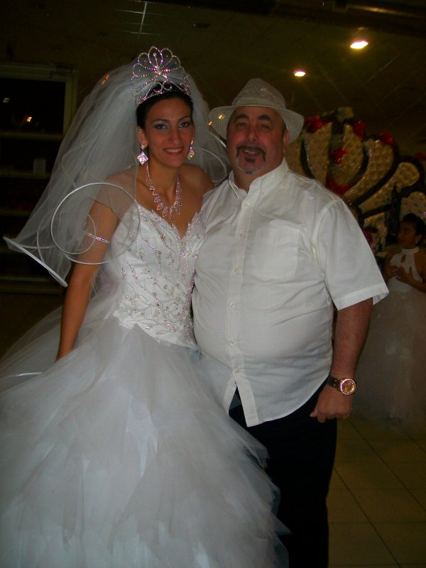 moi entraine de dancé avec la marié le 24 03 2012