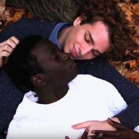 """""""Je suis musulman et homosexuel"""", un court métrage aussi réel que poignant"""