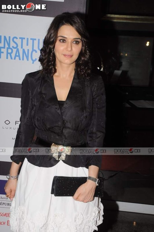 Preity Zinta Ishkq In Paris Movie Launch