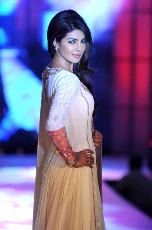 Priyanka Chopra  Celebs walk for Manish Malhotra & Shaina NC's show for CPAA