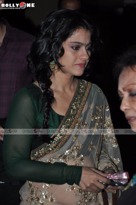 Kajol in Sabyasachi Sari at Jagjit Singh Tribute Concert