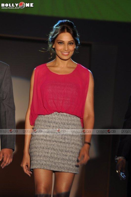 Bipasha Basu Unveils Promart's new look